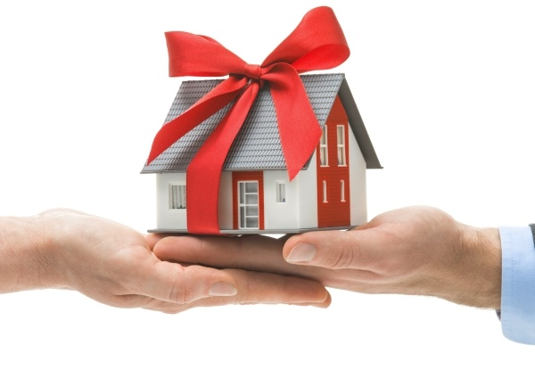 Оформление дарственной на дом и землю
