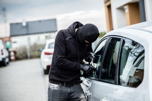 Взлом и хищение авто
