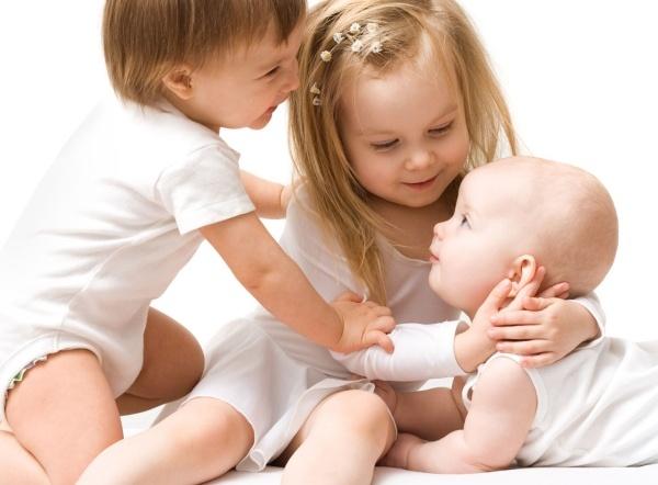 Кому положен материнский капитал на третьего ребенка