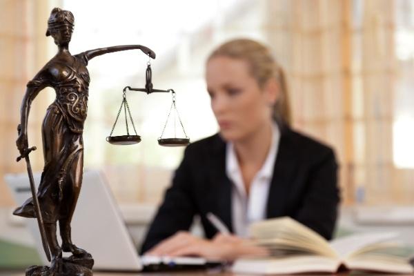 Обращение в суд при беспочвенной угрозе уволить по статье