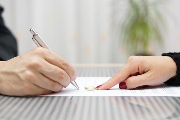Подписание мирового соглашения при разделе имущества